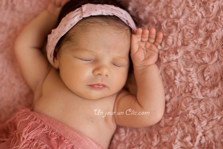 photographe-cholet-49-photo-nouveau-né-bébé-famille-14