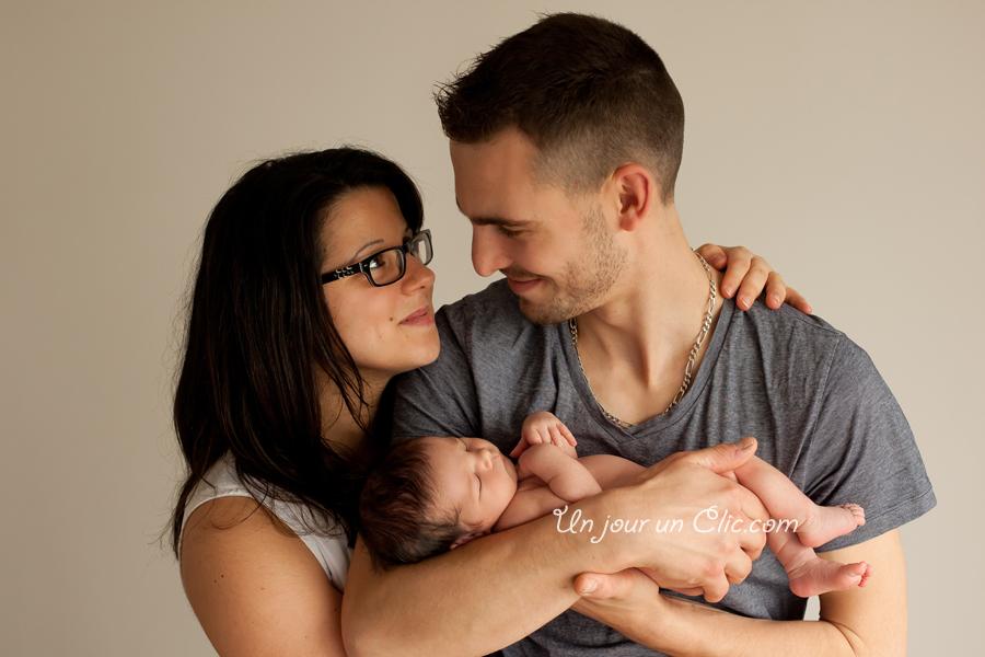 photographe-cholet-49-photo-nouveau-né-bébé-famille-2