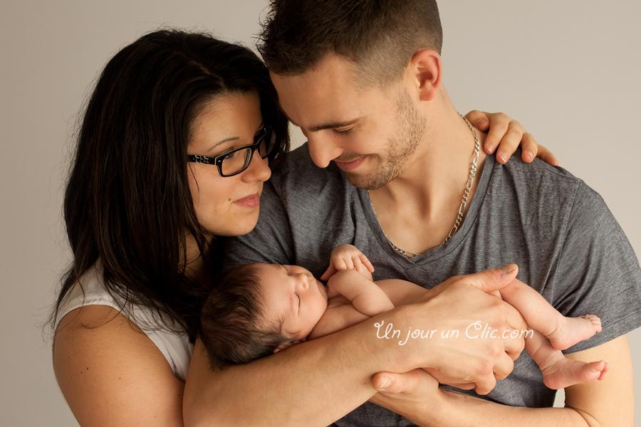 photographe-cholet-49-photo-nouveau-né-bébé-famille-3
