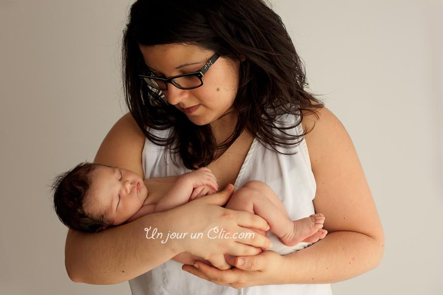 photographe-cholet-49-photo-nouveau-né-bébé-famille-5